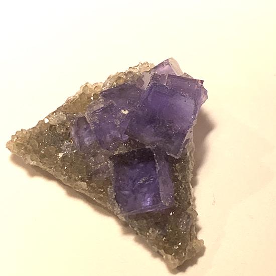 中国湖南省の青い蛍石/きらら舎