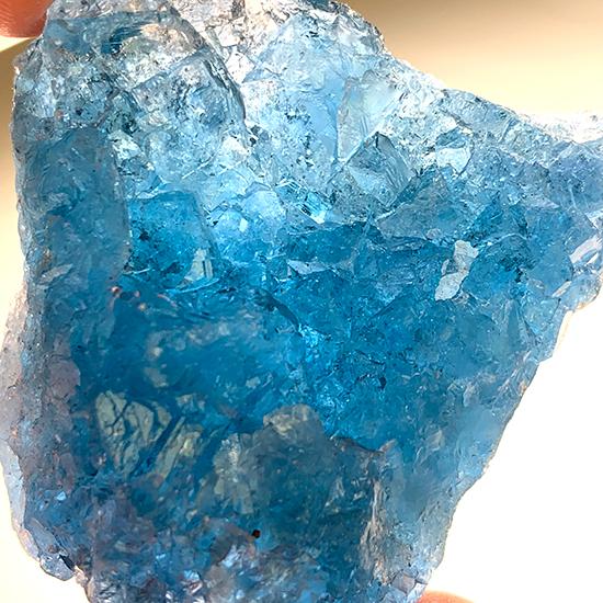中国の青い蛍石/きらら舎