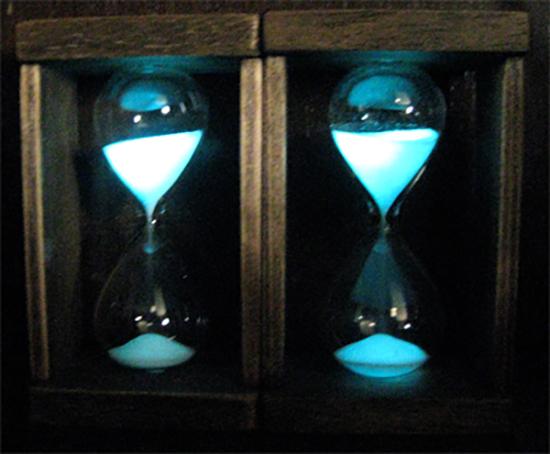 蛍光砂時計/きらら舎