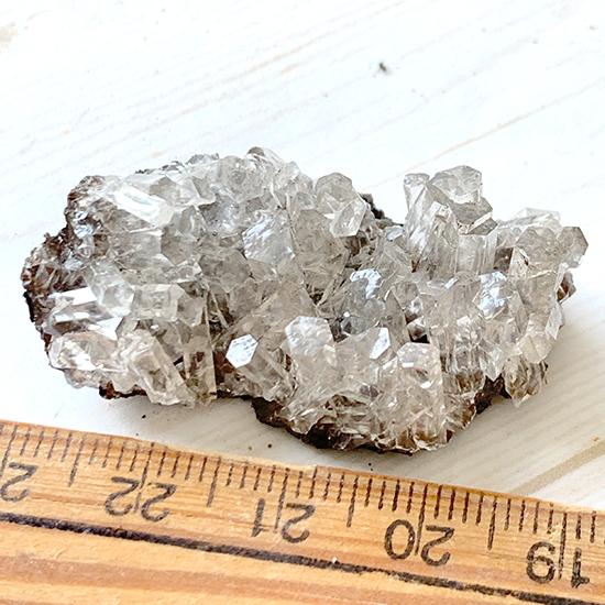 六角柱結晶の方解石/きらら舎