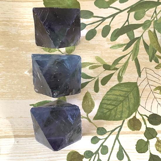 イリノイ州産八面体蛍石オールドコレクション/きらら舎